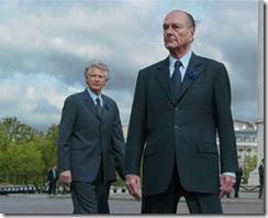 photo-du-president-jacques-chirac-et-de-dominique-de-villepin-lors-de-la-ceremonie-du-8-mai-2006-a-larc-de-triomphe.1178644804
