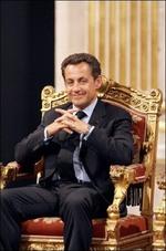 Sarkozy_trone
